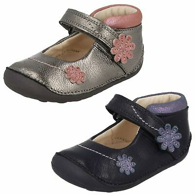 Infant Girls Clarks Leather Hook and Loop Fastening First Shoes - 'Little Fizzi'