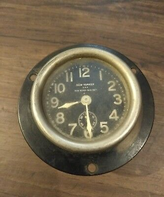 Vintage Keyless Auto Clock Company, Inc. Rim Wind - Rim Set  Car Clock  USA 1916