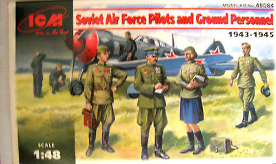 Soviet Air Force Pilots and ground personnel 1:48 ICM