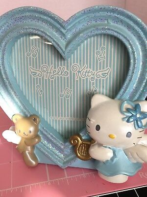 Hello Kitty Sanrio 2001 Blue angel heart frame. Rare, in excellent condition