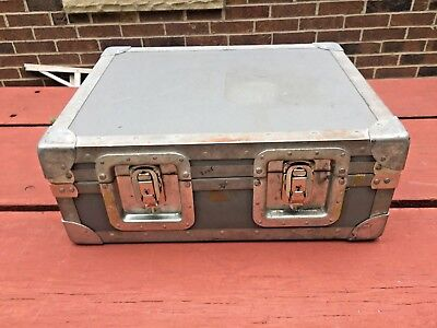 Nice Vintage Hd Military Hard Shell Equipment Shipping Case Luggage Ks Estate