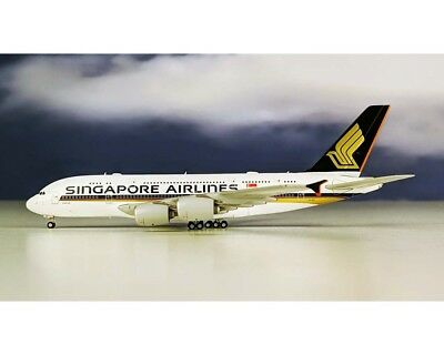 Blue Box BBOX4005 Singapore Airlines A380-800 9V-SKA Diecast 1/400 Jet Model