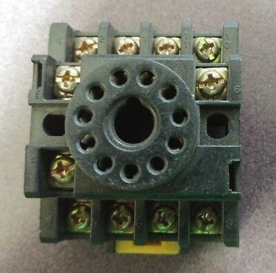 *Lot of 6* Young Electronics DS-11-A Relay Base Socket 11-Pin 10A 300V