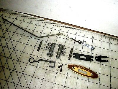 Singer Sewing Machine 500A Throat Plate Positions Lever & Plate Clamps Assembly