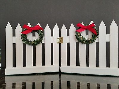 Accessory for Byers Choice Caroler White Hinged Picket Fence