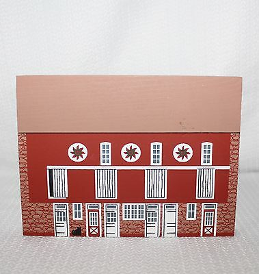 "1992 Faline Cat's Meow ""PA Bank Barn"" American Barn Series Shelf Sitter Signed"