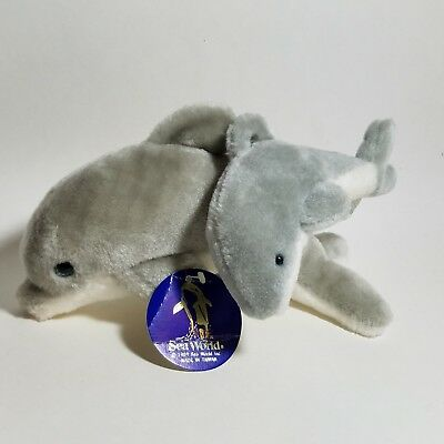 vintage 1989 Sea World mother & baby bottle nose dolphin plush Toy Pair w/ tags