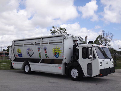 2007 CCC Low Entry Recycle Garbage Truck 8.3L Cummins Allison FL Fleet Truck