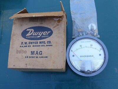 Dwyer 2030 Magnehelic Differential Pressure Gage 0 - 30 inches - probably unused