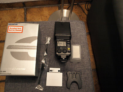 Olympus Digital FL-50R / Elektronic Flash / Aufsteckblitz