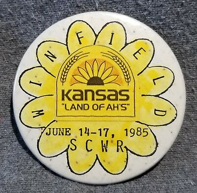 LMH BUTTON Pinback Pin 1985 SCWR Winfield NCHA Campers Hikers Campvention KANSAS