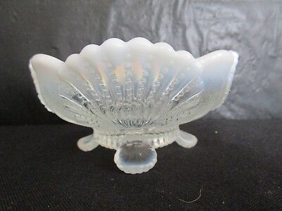 Mosser  Beaded Shell   Footed  Berry Bowl   -  White Opal   -   No Damage