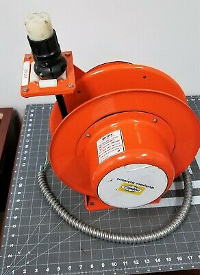 20 Feet 12/3 Weathertight Retractable Electric Cable Reel 20 Amp / 600 Volts
