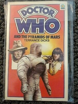 DOCTOR WHO AND THE PYRAMIDS OF MARS by Terrance Dicks Target Paperback Book