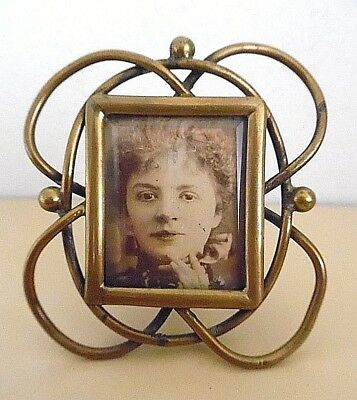 Antique Brass Wire Art Nouveau Picture Frame Whiplash Design