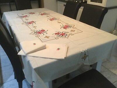 Vintage large embroidered tablecloth with 12 napkins