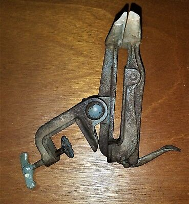 Very Nice Antique Bench Clamp Hand Saw Sharpening Vice  & Metal Fabricating Tool