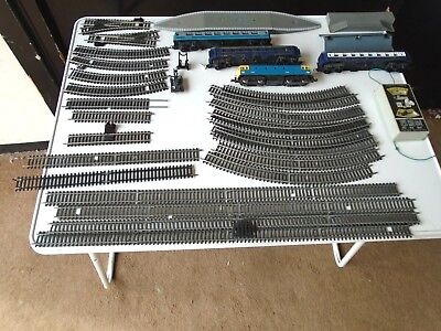 Vintage Job Lot Of Lima Metal Toy Railway 24 Tracks/4 Carriages/1 Platform/Steps