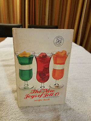 """""""The New Joys of Jell-O"""" 1973 Recipe Book General Foods Vintage Cookbook"""