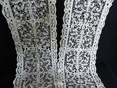 Vintage Point de Venise Italy Lace Table Runner 104 x 11.5 Inches