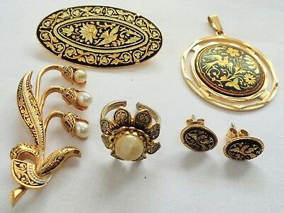 Two good vintage gold metal Damascene brooches + earrings + pendant + ring