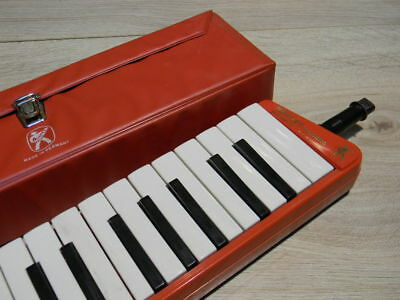 vintage HOHNER MELODICA PIANO 26 Germany  melodika Deutschland ! ROT !1960`