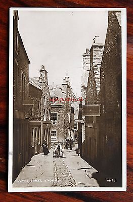 Posted 1912 Photo Postcard Rp Orkney Stromness Dundas Street Man Pull Cart Polic