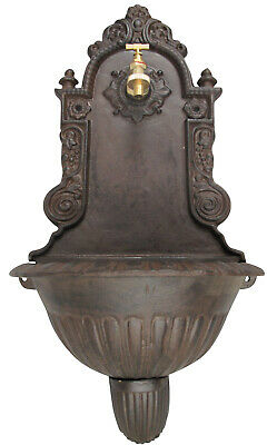 Beautiful wall fountain with basin - antique 19th century design - cast iron