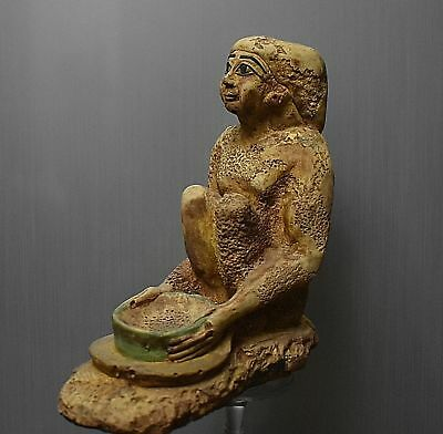 ANCIENT ANTIQUE Egyptian statue of man holding a bowl as sacrifices (300-1500BC