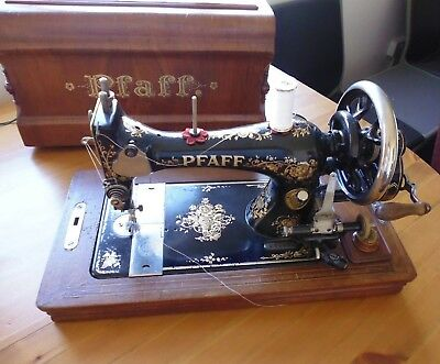 PFAFF Ornate Vintage Antique Sewing Machine - Complete with Original Box and Key