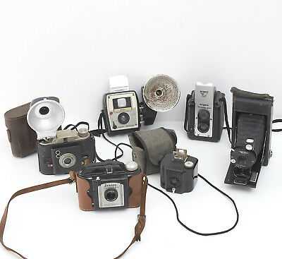 COLLECTION OF 6 VINTAGE CAMERAS For Display