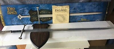 Lord of the rings sword in box. United Cutlery Narsil