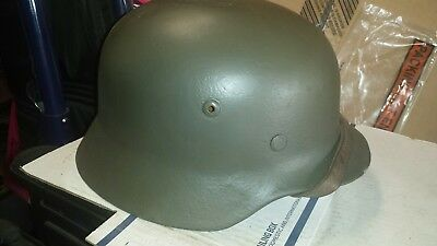 M35 helmet, early production. Very good condition.