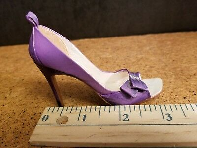 Just The Right Shoe -FELICITY  - JTRS - Raine - Dated 2002  -Item #25193