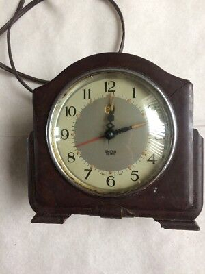 Vintage Smiths Sectric Bakelite Mantle Clock 1940/50's Mains Electric Untested