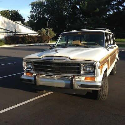 1988 Jeep Wagoneer Wood Grain 1988 Jeep Grand Wagoneer UNDER 10K Miles on Rebuilt Motor!