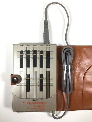"""""""The Go Between"""" by Sonic Mini Graphic Equalizer DEQ-60 Vintage 1980's Headphone"""