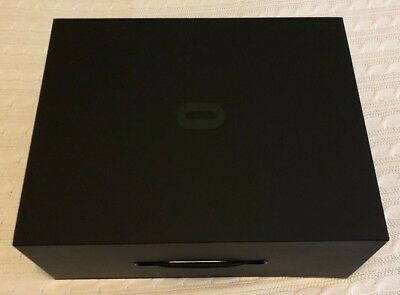 Oculus Rift Virtual Reality Headset – Complete Set in Box - RARE!