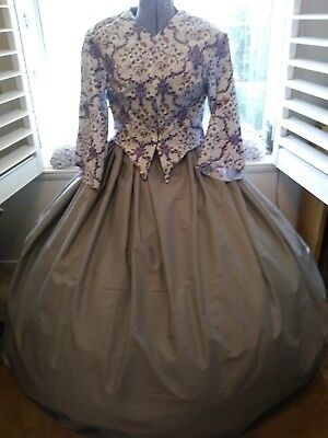 Civil war Old West Dickens Victorian dress in Lavender and Grey