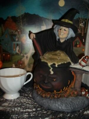 Vtg Style  Halloween Scary Witch Light Ceramic  Figure Lamp Cook Fire Cauldron