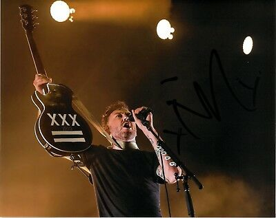 TIM MCILRATH SIGNED 8x10 PHOTO EXACT PROOF COA AUTOGRAPHED RISE AGAINST