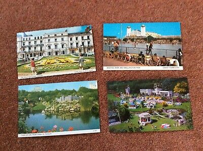 (P) 4 old postcards of Great Yarmouth. Model Village, Floral Clock, Pier