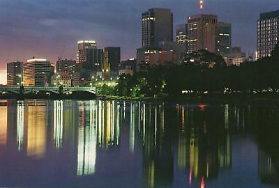 YARRA RIVER LIGHTS in MELBOURNE POSTCARD - NEW & PERFECT