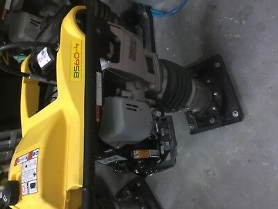 wacker jumping jack  bs 60-4in new condition Used as a demo never seen the dirt