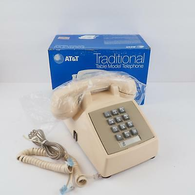 New Old Stock AT&T / Western Electric Touch Tone Desktop Phone CS2500 DMG