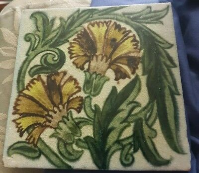 William De Morgan Carnation Variation Tile