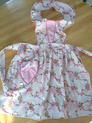 Vintage Cotton Full Bib Apron Adorable Pink Print, Rick Rack Trim, Pocket, Clean