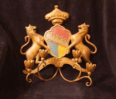 Vintage Hand Carved Wooden Gilt Crest Wall Sconce By Palladio Of Italy