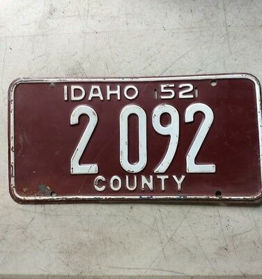 1952 State Of Idaho License Plate Government County 2092 Maroon & White