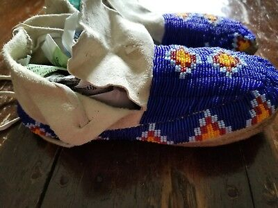 Authentic Native American Moccasins deer hide, fully beaded